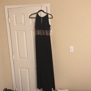 R&M Richards Dresses - Black and gold dress